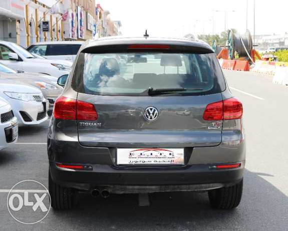 Volkswagen - Tiguan SE - 1.4 GRAY Model 2016