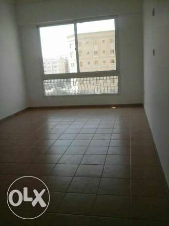 UNFURNISHED 2bedroom apartment