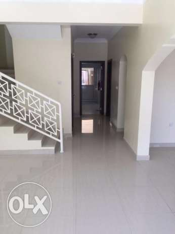 ‡OCCUPY 04BHK Semi furnished Villa compound Muraykh