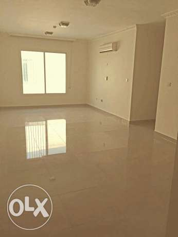 UNFURNISHED 3bedroom 3bathroom flat in alsad