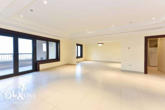 2-Bedroom Apartment in Porto Arabia with Astonishing Sea view