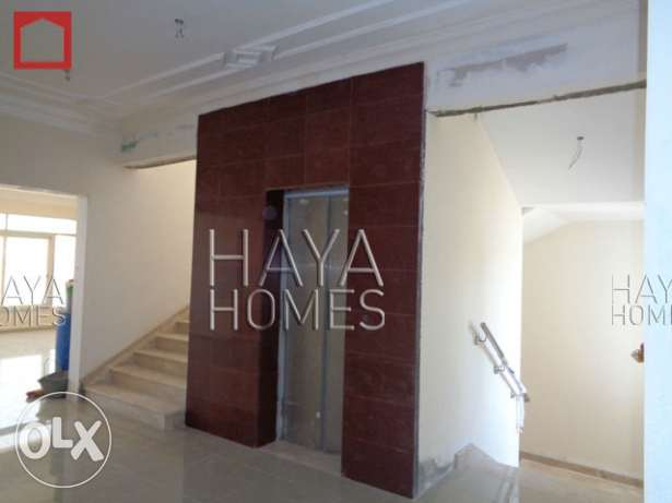 Semi Commercial Villa at the E-Ring road with ELEVATOR الهلال -  8