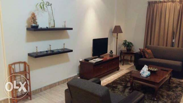 Beautiful 1 Bedroom Fully Furnished Apartment including water/elctric