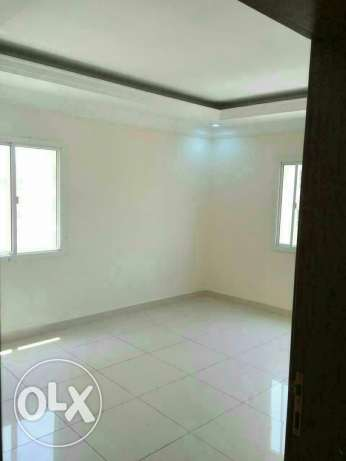 Semi furniced 3B/R flat in al sad فريج بن محمود -  1