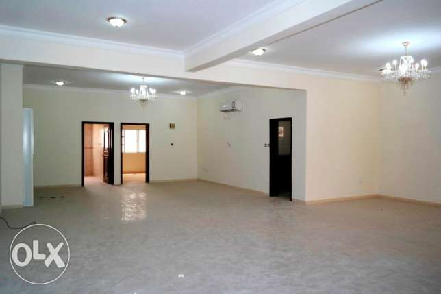for family..unfurnished spacious 4 bedroom+out house villa at duhail