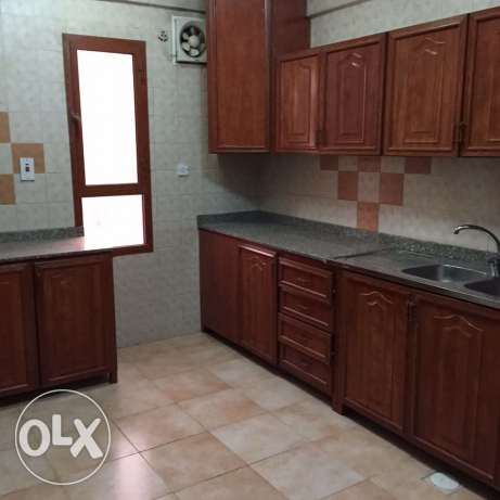Unfurnished 3-Bedrooms Apartment in Fereej Bin Mahmoud فريج بن محمود -  5