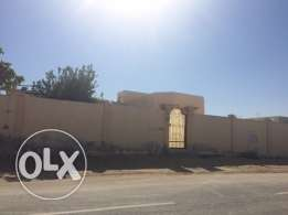 in alwakra,,traditional house for rent , partition allowed