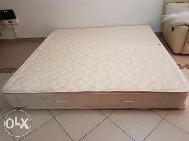 King size pillow top mattress