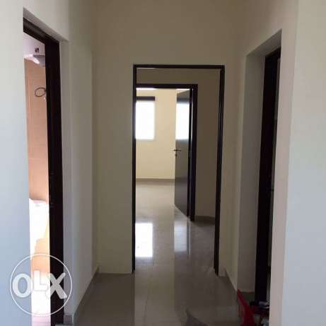 BRAND NEW Semi Furnished 2-Bedrooms Flat in Bin Mahmoud فريج بن محمود -  4
