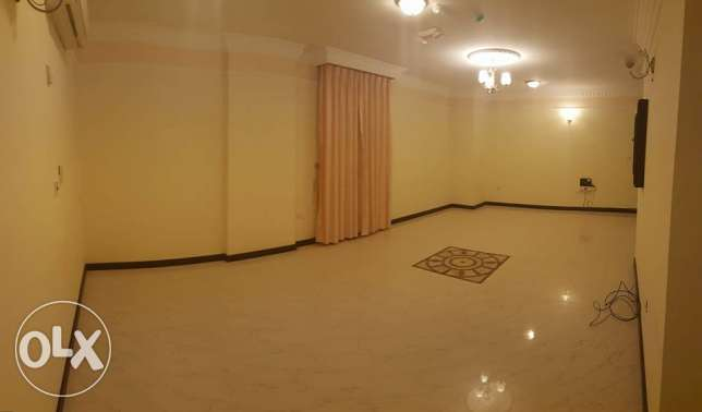 Spacious 3 Bedrooms Flat in Najma