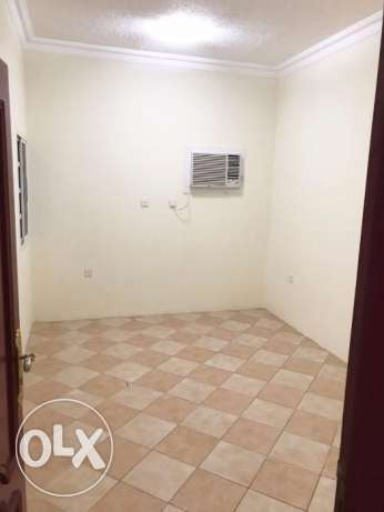 2BR Un-Furnished Apartment In Al Muntuzah