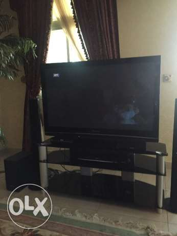 Tv with table and dvd and sound system المعمورة -  1