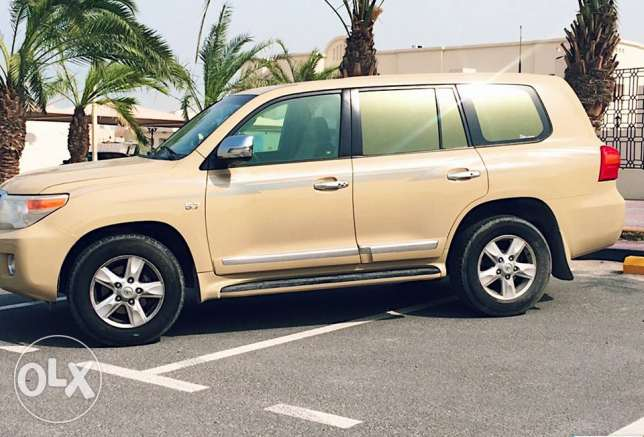 2011 Full Option Toyota Land Cruiser Vxr V8