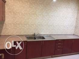 2 bedroom un furnished flat in al Sadd