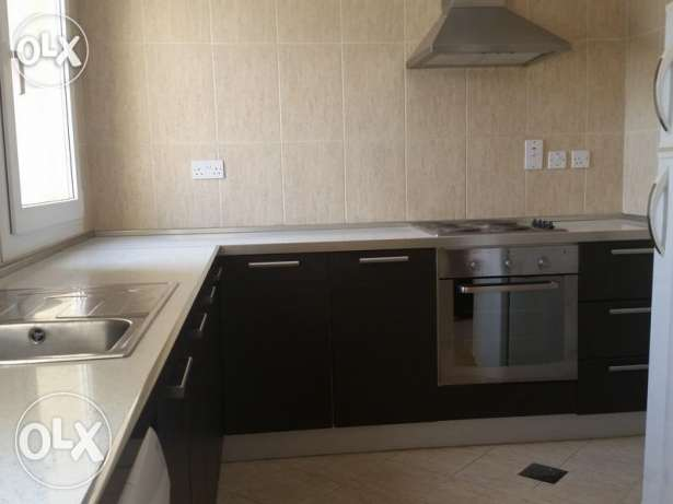 Unfurnished 2-Bhk Flat in Bin Mahmoud-Gym-Balcony فريج بن محمود -  6