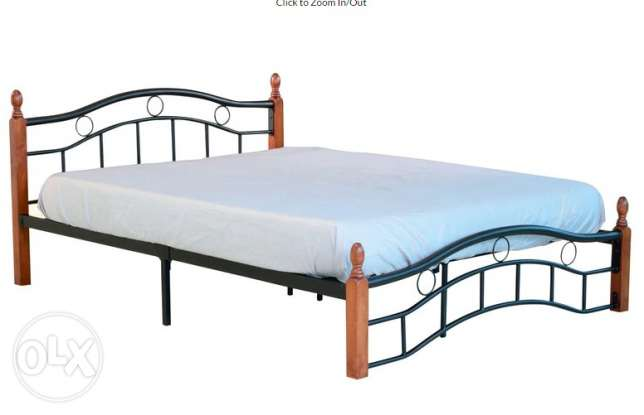Urgent Sale, Double bed with mattress, Queen size