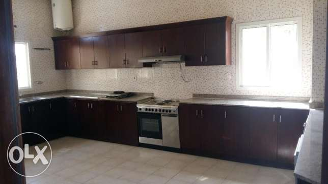 5 Bedroom villa in Abu Hamour أبو هامور -  2