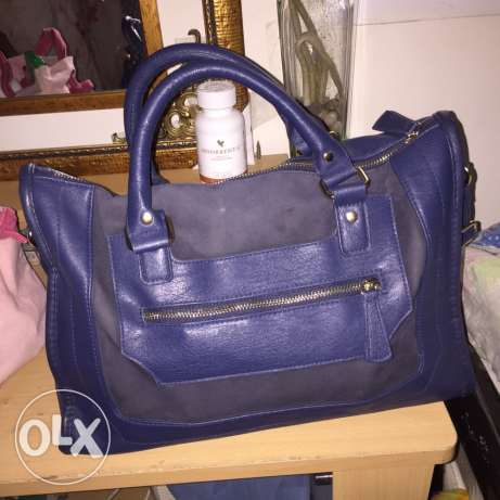 Used Blue Bag in very good condition for Sale for Only 45QR