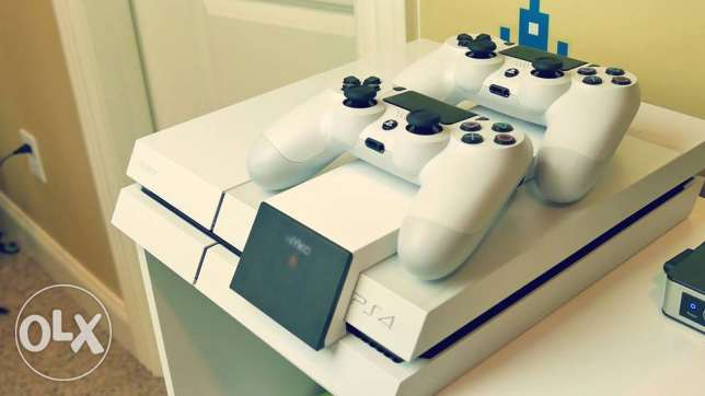 Playstation 4 500GB White console