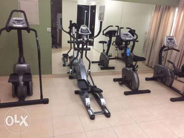 -:5300 Luxury stylish 1 bhk FF flat Old al Ghanim
