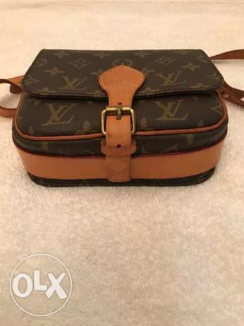 Preowned Authentic Louis Vuitton Shoulder bag