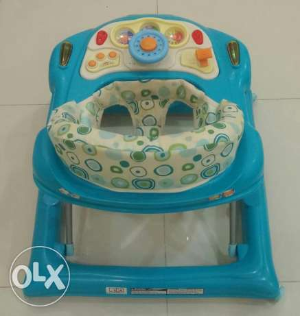 Baby Walker For Sale أم صلال -  4