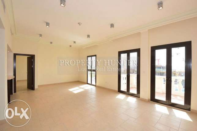 Sea Front 3 Bed Home in Qanat Quartier