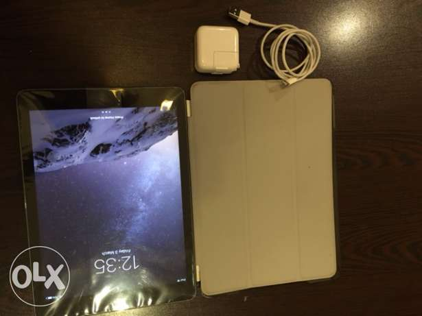 Brand NEw IPAD Air with FREE case