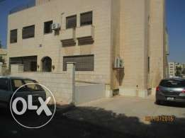 fully furnish specious 3beds,2baths deluxe apartment qar 2500 monthly