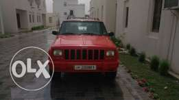 Expat owned daily driver Jeep Cherokee for sale