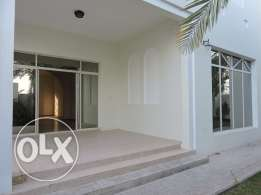Compound Luxury Spacious Villa in Alwaab