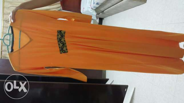 Stretchy abaya 35 qr worn only once