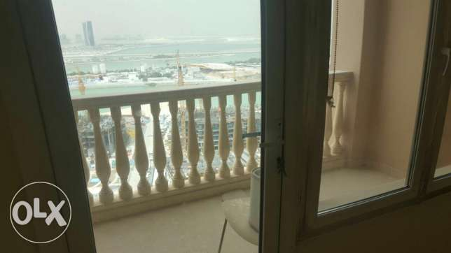 Beautiful 2 bedrooms apartment in the Pearl tower 9