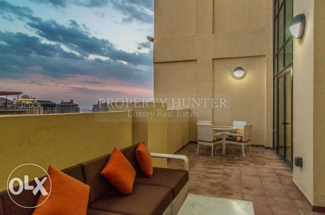 Stunning Furnished 1 Bed Penthouse