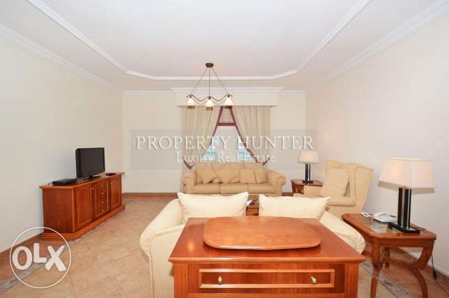 Move in! Furnished 2 Bed in West Bay