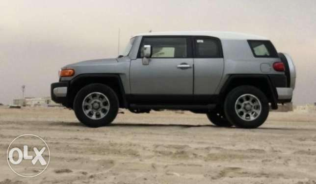 toyota FJ 2012 perfect condition اف جي ٢٠١٢