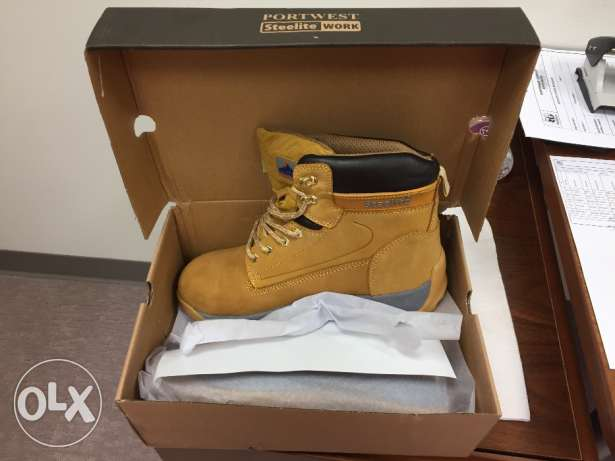 Brand new safety shoes for sale
