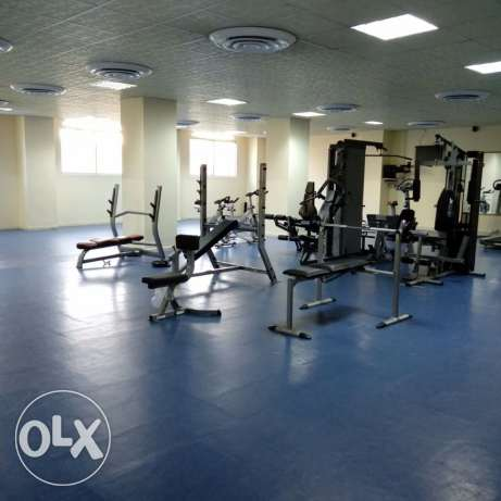 Unfurnished HUGE 3-Bedrooms Apartment in AL Nasr + Gym+pool النصر -  8