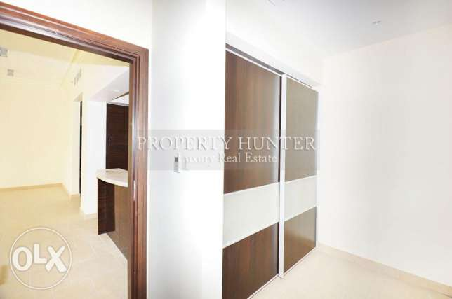 3 bedrooms apartment with canal views الؤلؤة -قطر -  6