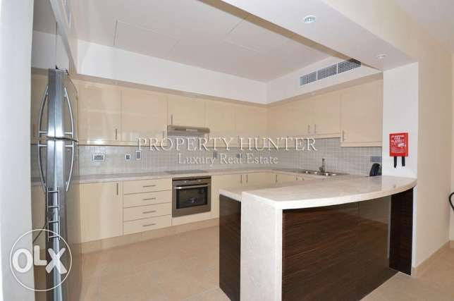 Two bedrooms massive townhouse with nice views الؤلؤة -قطر -  3