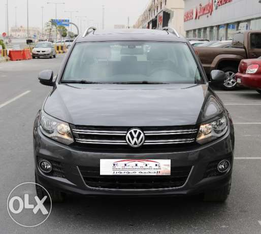 Volkswagen - Tiguan SEL 2.0 L - 4Motion Model 2016