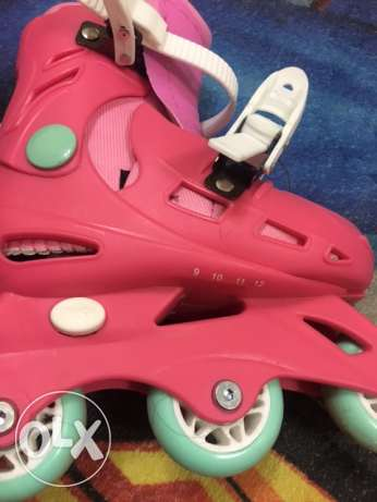 girl's adjustable roller skates