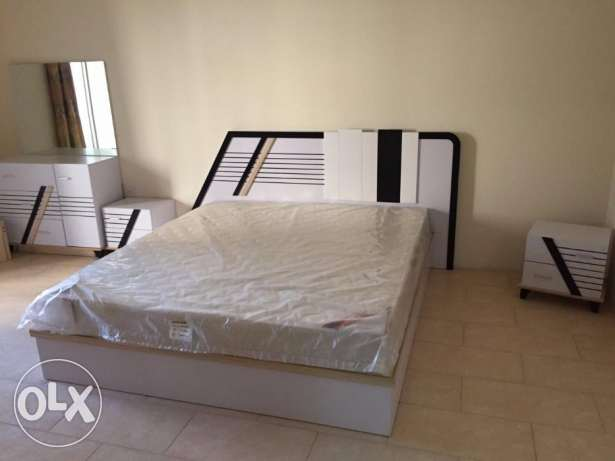 Roomz Available*02&03 bhk FF flat Bin Mahmoud (included water& elec)*