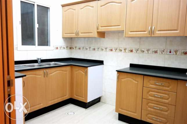 2 bhk unfurnshed apartment in al muntazha