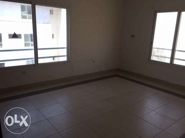 BRAND NEW Semi Furnished 1-BR Apartment in AL Sadd السد -  5