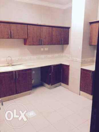 Very big Luxury flat 3BR 7,500QR and 2BR 6,500 al mansoura area good المنصورة -  5