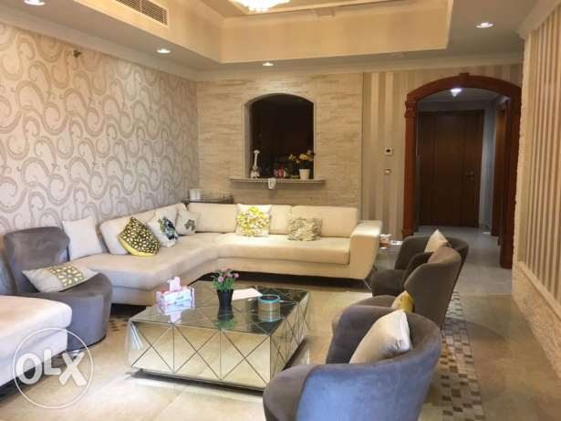 PAT8- Elegant & Modern Style 2 Bedroom Apartment + Balcony & Amenities