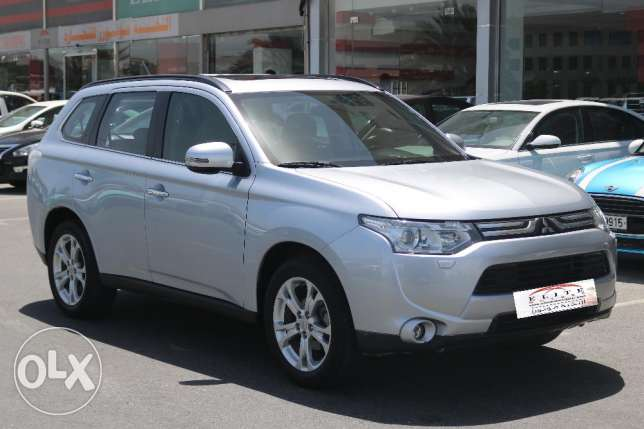 Used Mitsubishi Outlander Full Options Model 2014