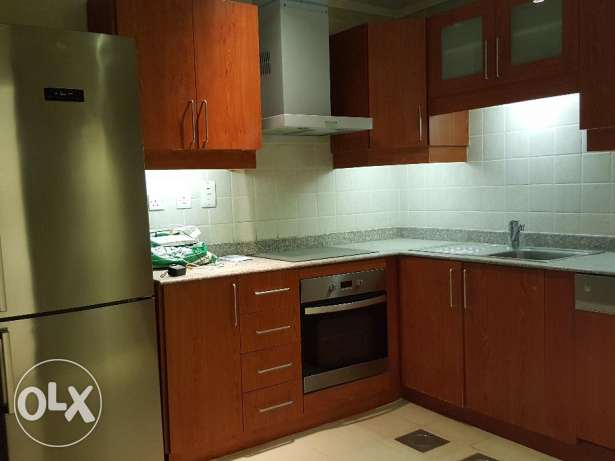 Gorgeous 2br semi furnished sea view