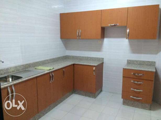 very nice 2 bedroom SEMI furnished apartment in AL SADD WITH BALCONY السد -  4